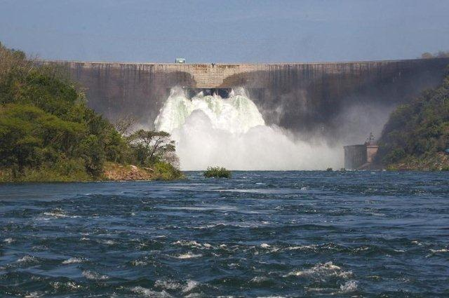 dam-wall-2